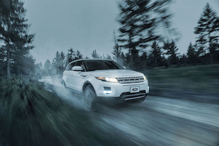 Land Rover has launched an exclusive cinema advertising campaign with Spotlight Cinema Networks to promote the new Range Rover Evoque.