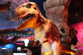 Giant animatronic dinosaurs are the stars of Disney's themed restaurant.