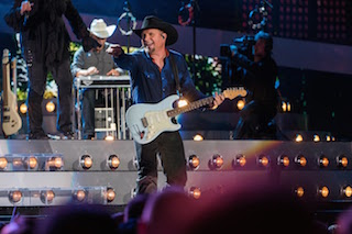 Filmworkers, Nashville, provided editorial and post-production finishing services for Garth Brooks: Yankee Stadium Live.