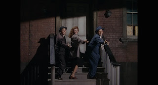 Dance sequences with Gene Kelly foreshadowed Singin' in the Rain.